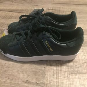 Adidas Nike Superstar sneakers. Size 7.5. NWT